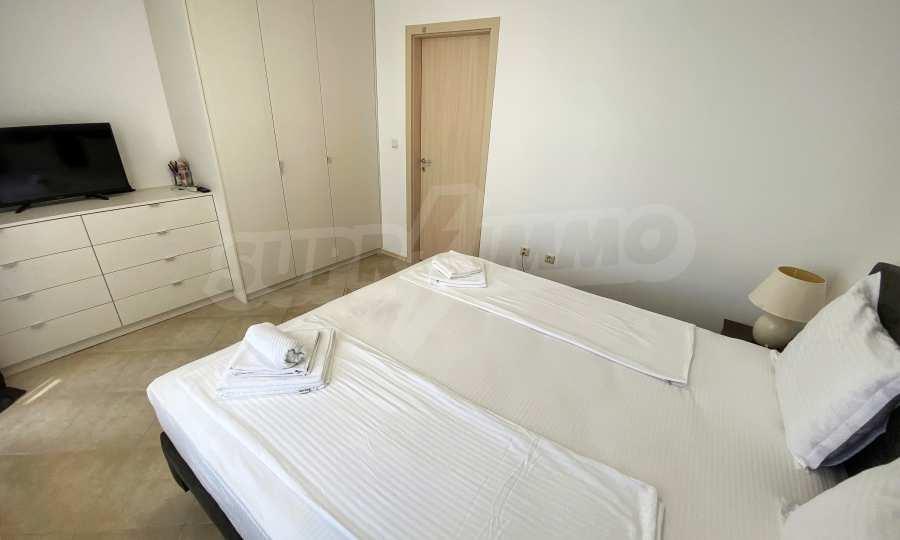 3-Raum-Apartment in der Nähe vom Strand im Komplex Emberli in Lozenets 18