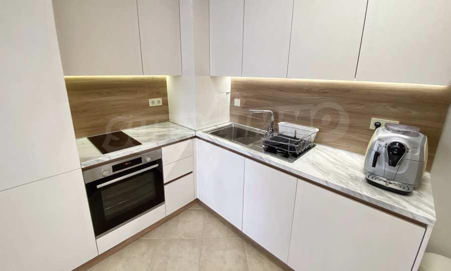 3-Raum-Apartment in der Nähe vom Strand im Komplex Emberli in Lozenets 1