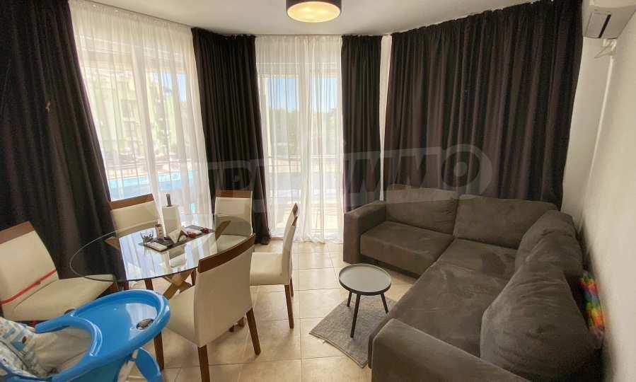 3-Raum-Apartment in der Nähe vom Strand im Komplex Emberli in Lozenets 8