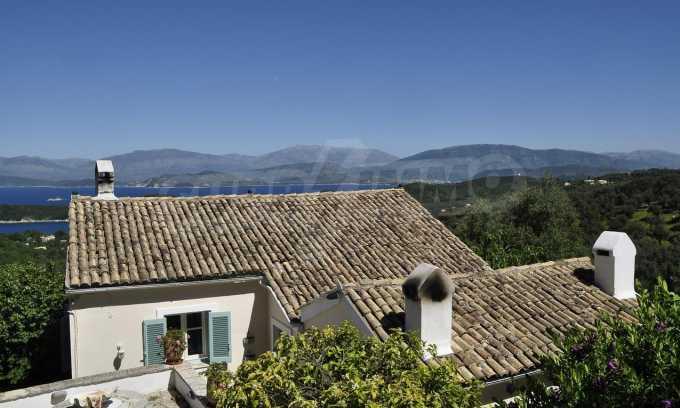 Renoviertes Haus mit Meerblick auf nordöstlichem Korfu 1
