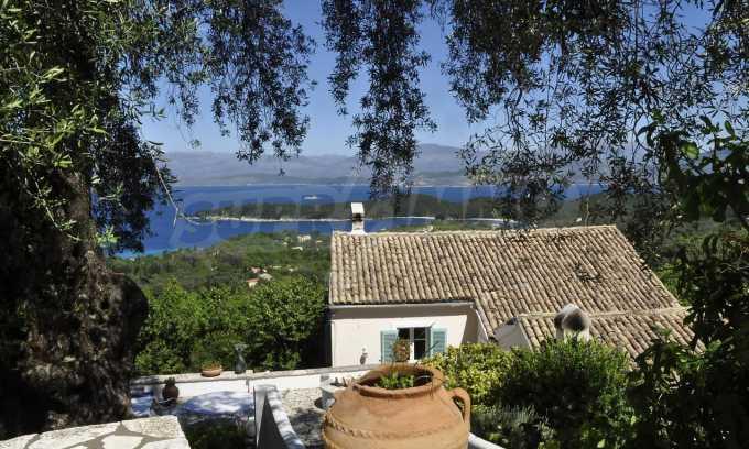 Renoviertes Haus mit Meerblick auf nordöstlichem Korfu 15