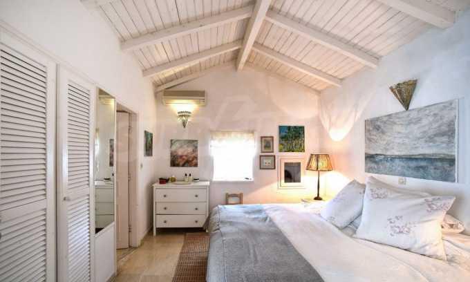 Renoviertes Haus mit Meerblick auf nordöstlichem Korfu 22