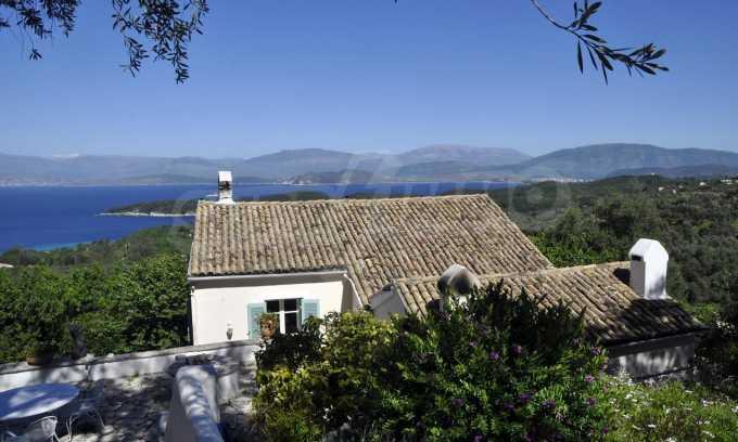 Renoviertes Haus mit Meerblick auf nordöstlichem Korfu 25