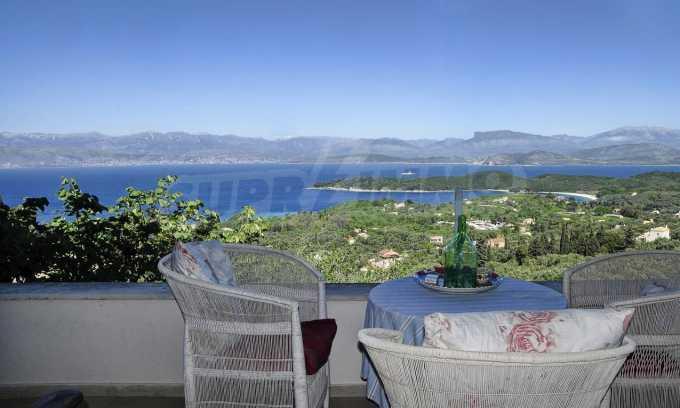 Renoviertes Haus mit Meerblick auf nordöstlichem Korfu 7