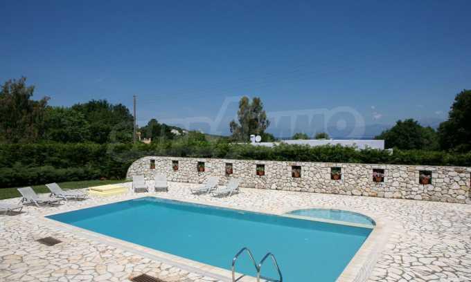 Hervorragende Meeresvilla auf nordöstlichem Korfu 2