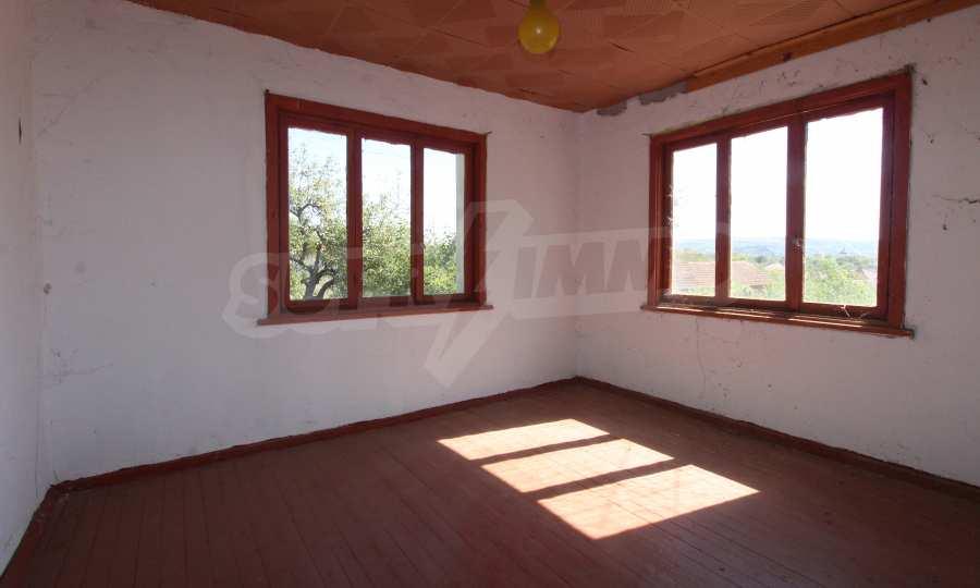 Zweistöckiges Haus mit Hof in einem Dorf, 9 km vom Fluss Donau entfernt 28