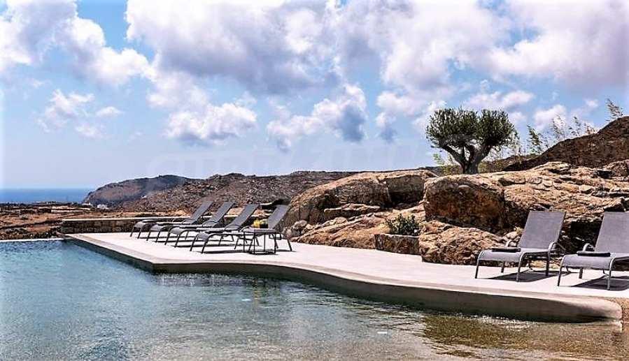 Eindrucksvolle Villa in einer weltweit berühmten Lage - Agrari Beach auf Mykonos 12