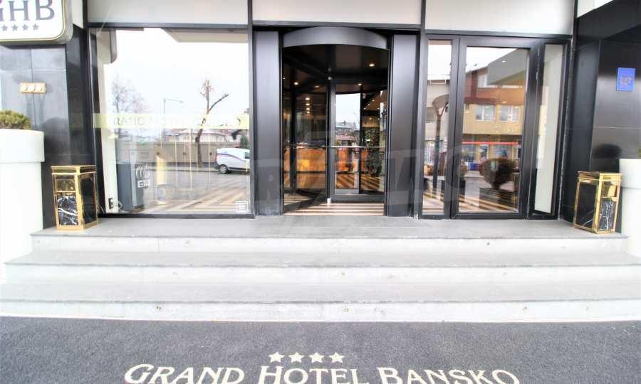 Modern ausgestattetes 3-Raum-Apartment im luxuriösen 5-Sterne-Komplex Grand Hotel Bansko 2
