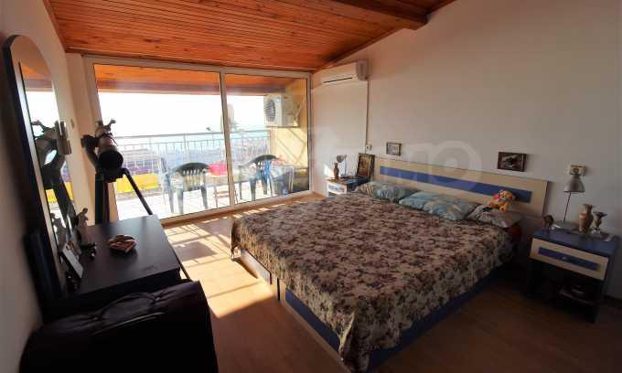 2-Raum-Dachwohnung mit Panoramablick über Meer in Sweti Wlas 10