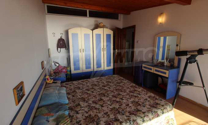 2-Raum-Dachwohnung mit Panoramablick über Meer in Sweti Wlas 12