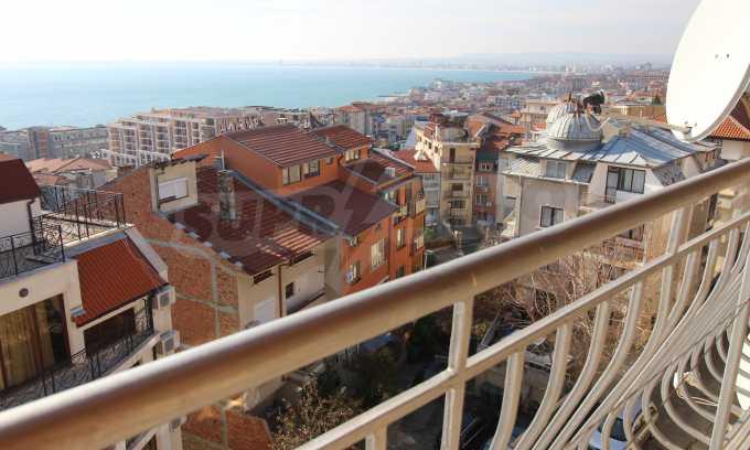 2-Raum-Dachwohnung mit Panoramablick über Meer in Sweti Wlas 23