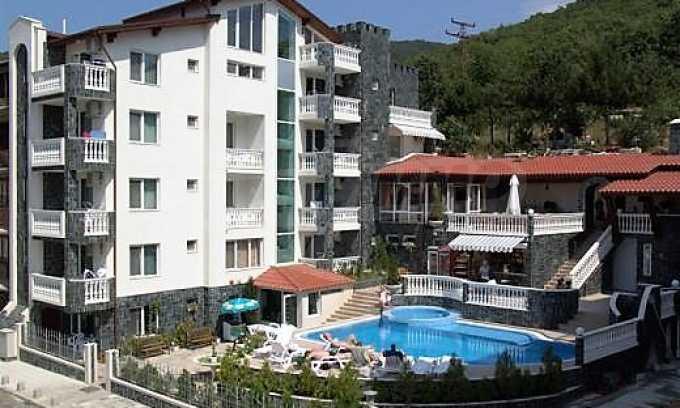 Familienhotel mit Aussichten auf Meer und Gebirge in Sveti Vlas