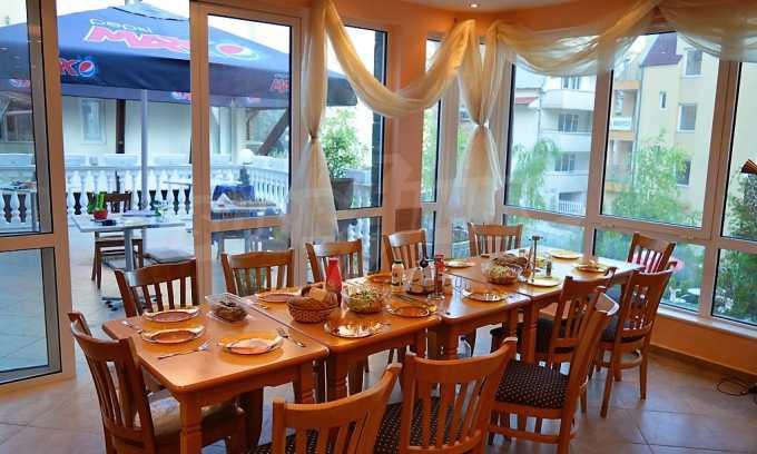 Familienhotel mit Aussichten auf Meer und Gebirge in Sveti Vlas 10