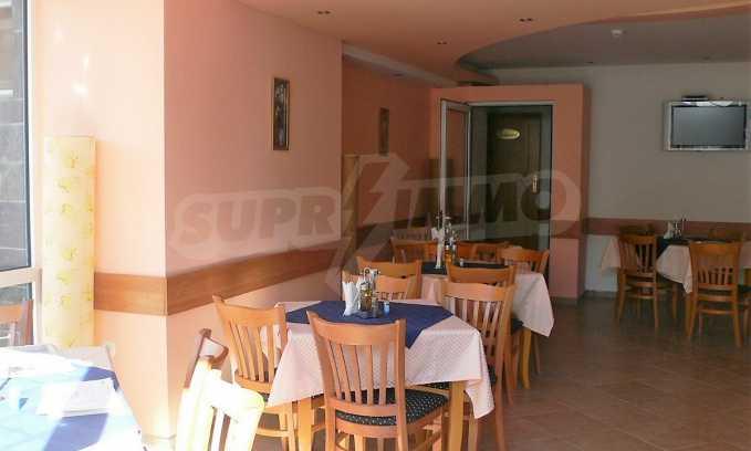 Familienhotel mit Aussichten auf Meer und Gebirge in Sveti Vlas 11