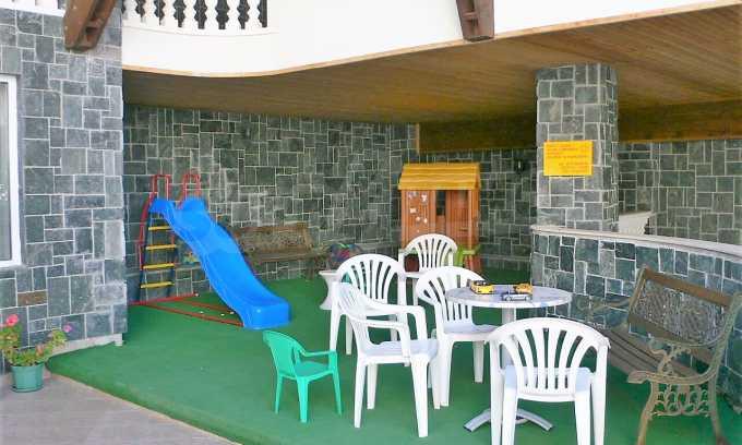 Familienhotel mit Aussichten auf Meer und Gebirge in Sveti Vlas 26