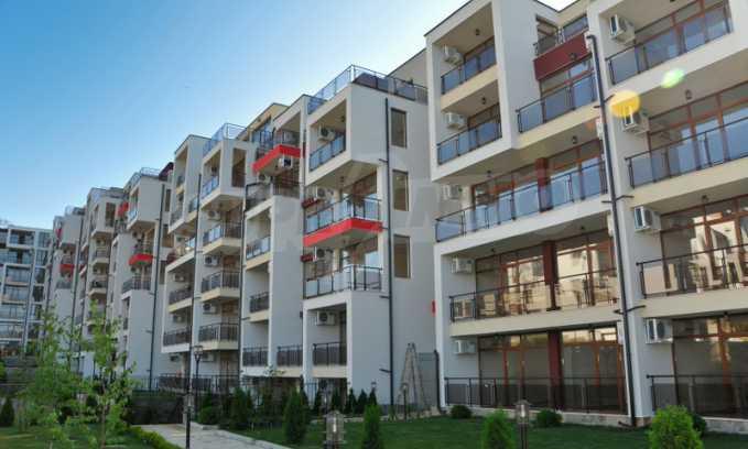 Schlüsselfertige Apartments im modernen Komplex in zweiter Meereslinie in Sweti Wlas 1