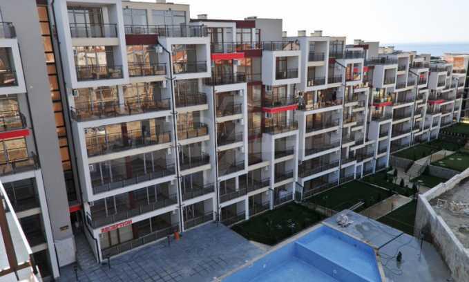 Schlüsselfertige Apartments im modernen Komplex in zweiter Meereslinie in Sweti Wlas 2