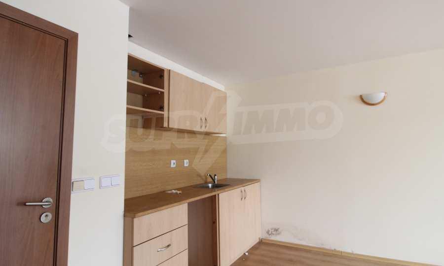 Unmöbliertes 2-Raum-Apartment, nur 10 Minuten fußläufig vom Skilift in Bansko entfernt 2