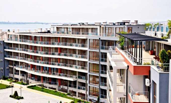 Neubau-Apartments im attraktiven Komplex in erster Meereslinie in Sweti Wlas 1