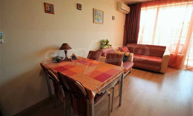 2-Raum-Apartment im Komplex im Zentrum vom Sonnenstrand 3