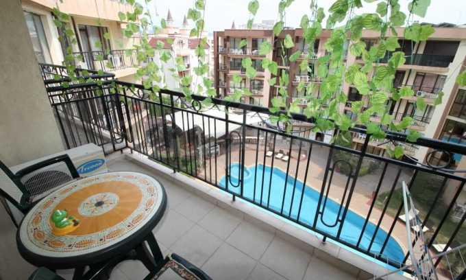 2-Raum-Apartment im Komplex im Zentrum vom Sonnenstrand 6