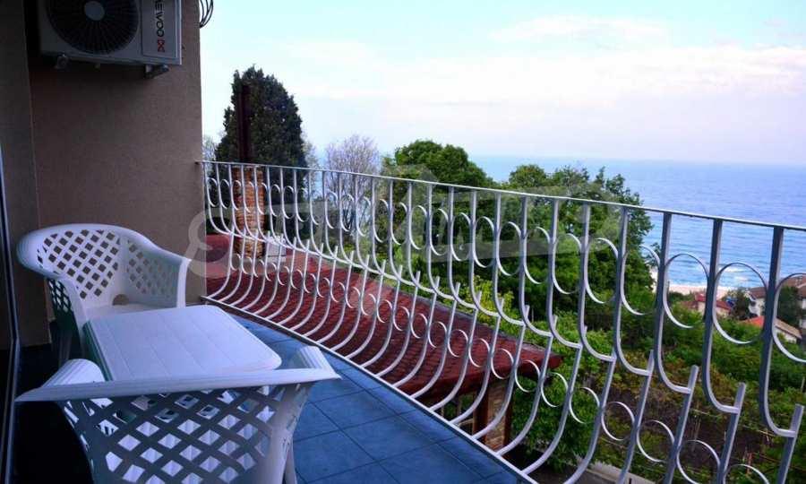 Funktionierendes Hotel in der Gegend Alen Mak bei Varna