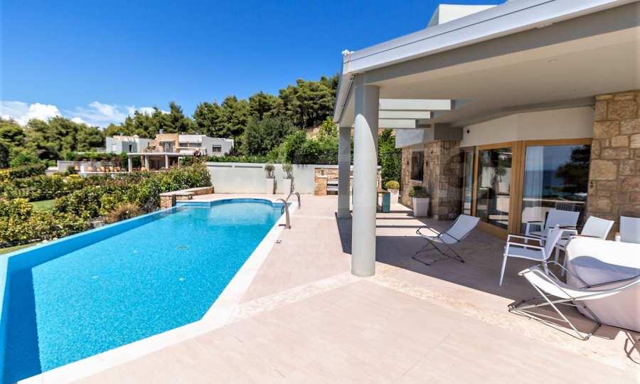 Villa mit Schwimmbad in Sani Beach Club, Chalkidiki 2
