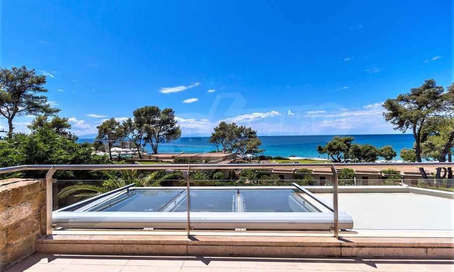 Villa mit Schwimmbad in Sani Beach Club, Chalkidiki 4