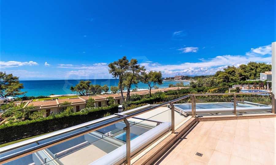 Villa mit Schwimmbad in Sani Beach Club, Chalkidiki 5