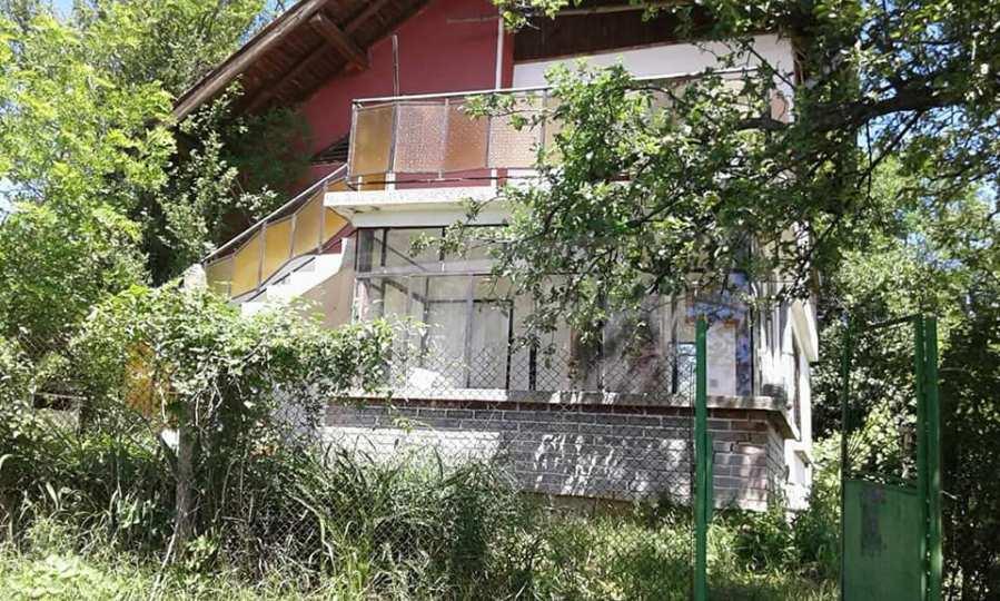 Haus in einem kleinen malerischen Dorf