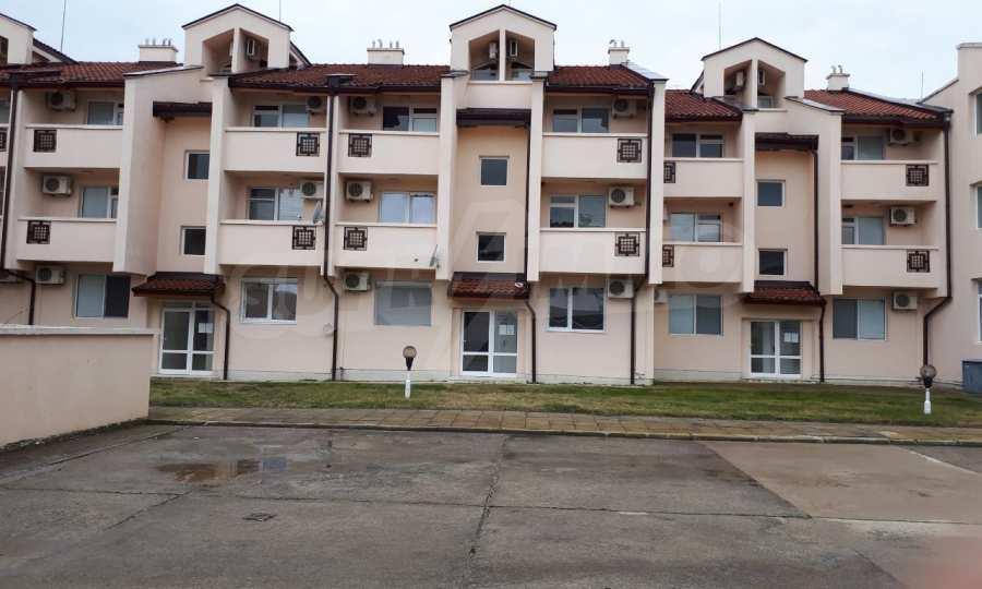 Schlüsselfertiges 2-Raum-Apartment in Ravda Holiday Village 5