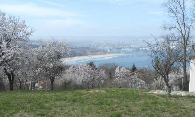 Отличен имот с морска панорама в м-т Зеленика 1