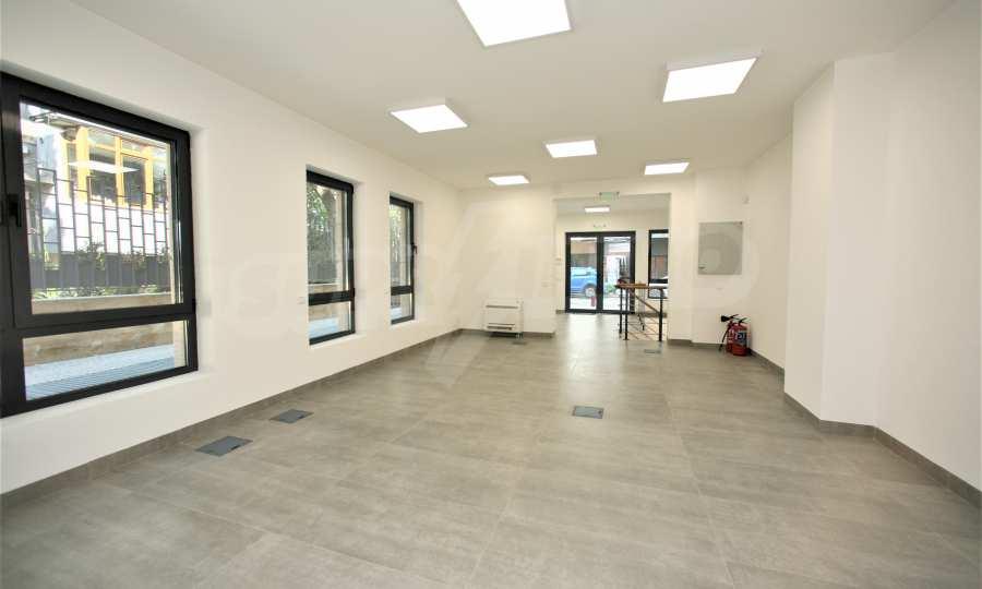 Oфис под наем в нова луксозна сграда с паркоместа до НДК