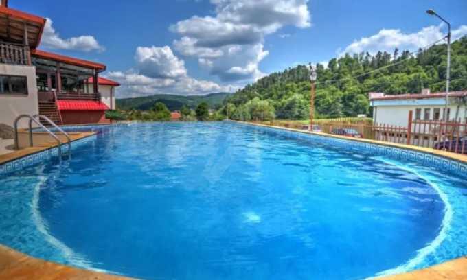 Тристаен апартамент в комплекс с басейн в гр. Трявна
