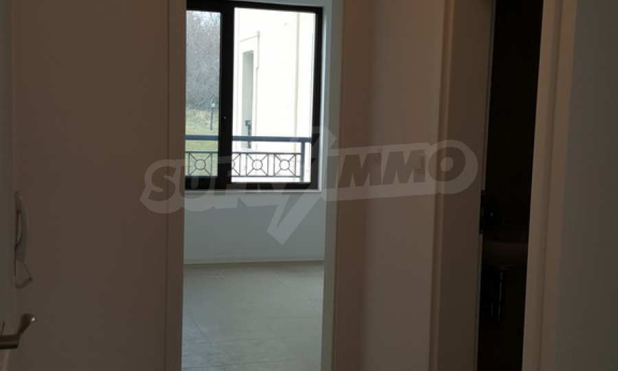 2-Raum-Apartment zum TOP-Preis in erster Reihe am Strand Kavatsite 9
