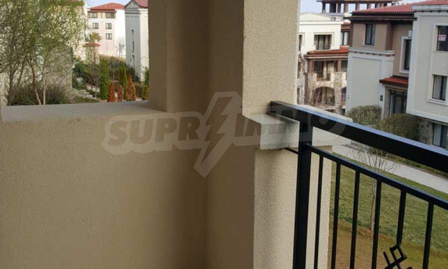 2-Raum-Apartment zum TOP-Preis in erster Reihe am Strand Kavatsite 13