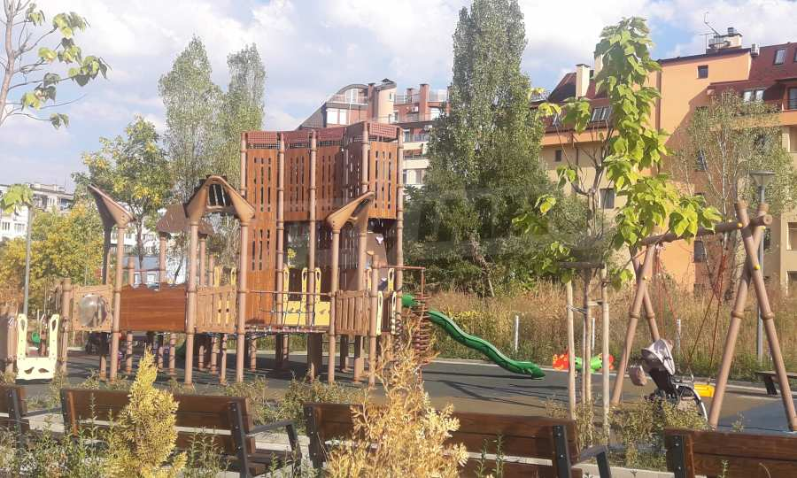 """New 3-bedroom apartment in a residential building near """"Bulgaria"""" Blvd. 3"""