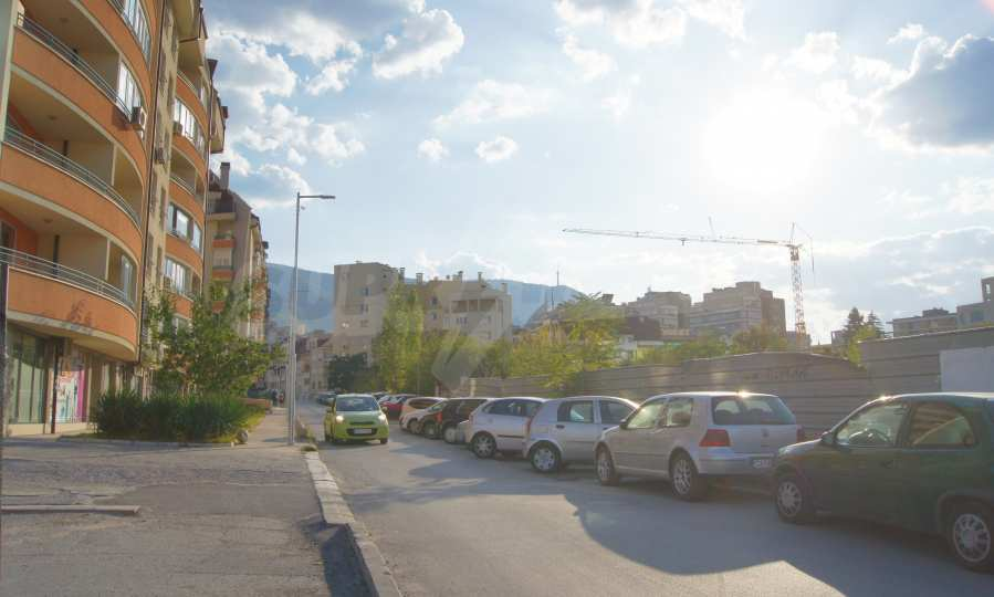 """New 3-bedroom apartment in a residential building near """"Bulgaria"""" Blvd. 6"""