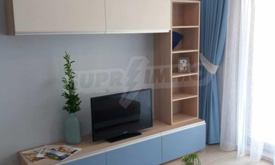2-Raum-Apartment in einer prestigeträchtigen Anlage beim Strand Kavatsi 2