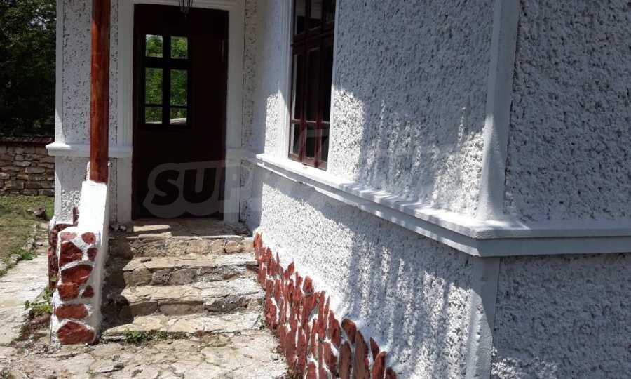 Renoviertes Haus im Df. Krasen 2