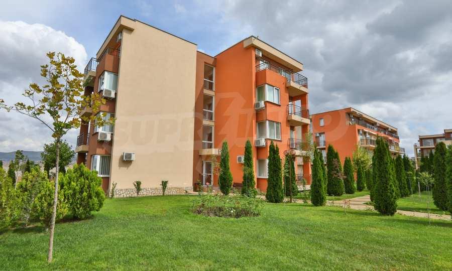 Apartment mit 2 Schlafzimmern in einem Golfkomplex in der Nähe des Action Parks 7