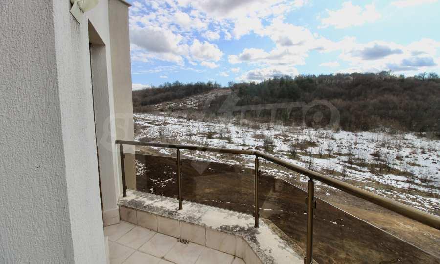 """Двухкомнатная квартира в комплексе """"BT Hills"""" в Велико Тырново 13"""