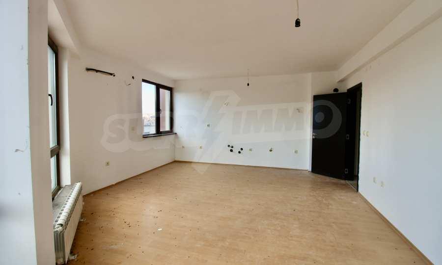 """Двухкомнатная квартира в комплексе """"BT Hills"""" в Велико Тырново 4"""