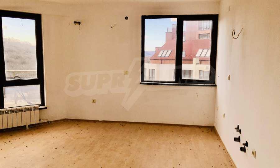 """Двухкомнатная квартира в комплексе """"BT Hills"""" в Велико Тырново 8"""