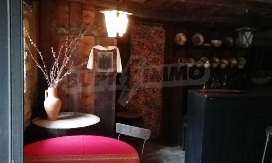 Автентична Възрожденска къща в центъра на град Дряново  10