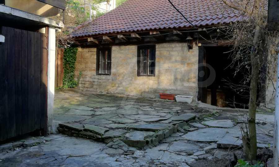 Автентична Възрожденска къща в центъра на град Дряново  16
