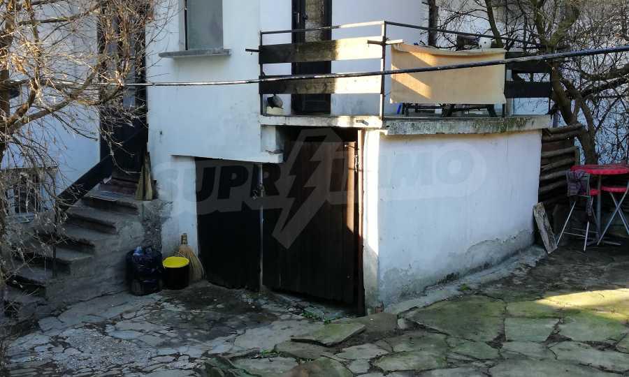 Автентична Възрожденска къща в центъра на град Дряново  17