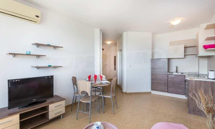 Отличен двустаен апартамент в комплекс до Равда и Ахелой 16