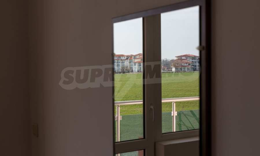 Отличен двустаен апартамент в комплекс до Равда и Ахелой 19