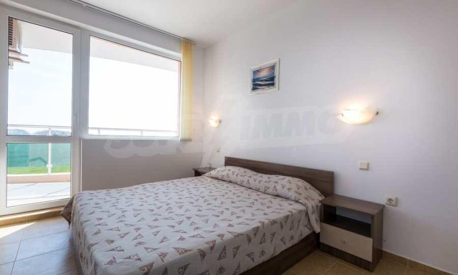 Отличен двустаен апартамент в комплекс до Равда и Ахелой 23
